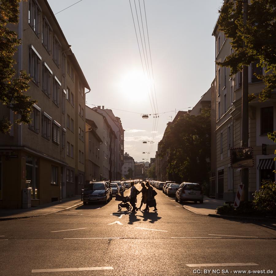 Breitscheidstrasse kurz vor Sonnenuntergang
